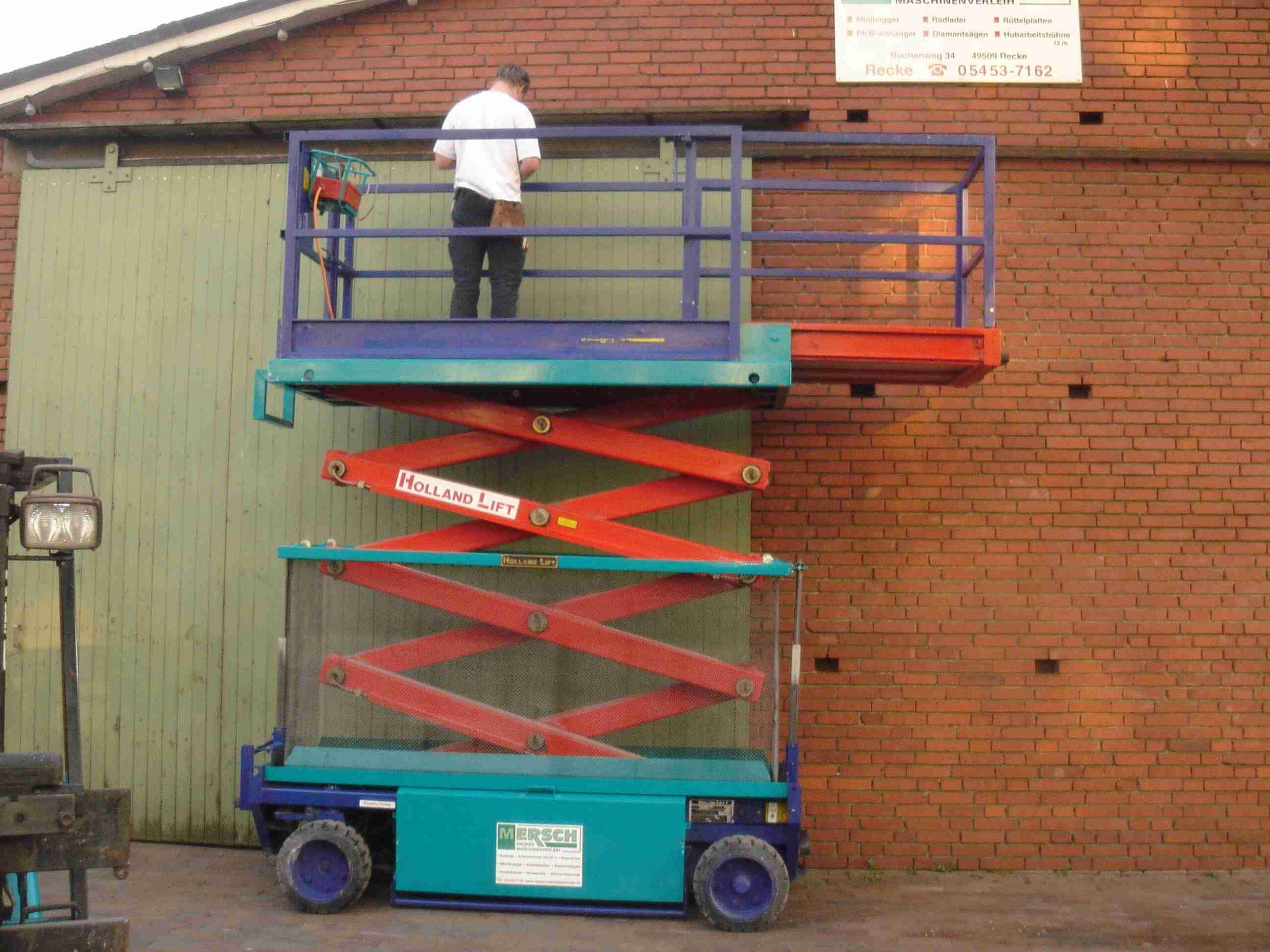 Scherenarbeitsbühne Holland Lift SB103